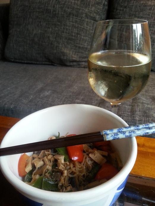 vegane Tofu kajnok Nudeln